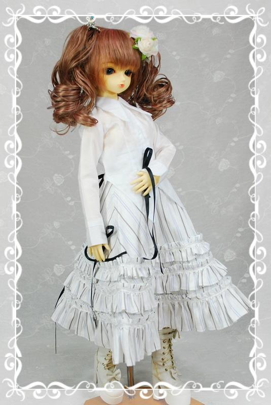 D女の子用シャツカラー燕尾編み上げブラウスの型紙