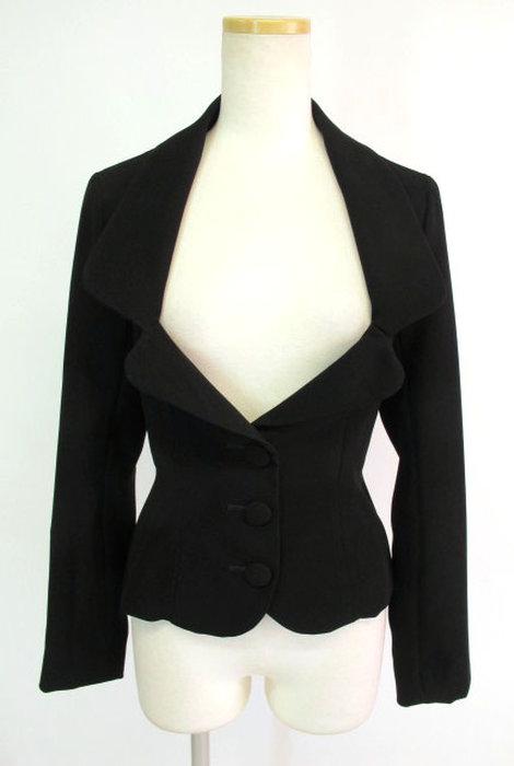 胸元があいたジャケットを作りたいです。