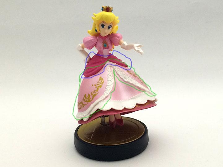 ピーチ姫(大乱闘スマッシュブラザーズ for 3DS/WiiU)のドレスについて